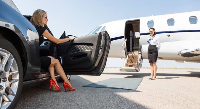 picture of wealthy woman